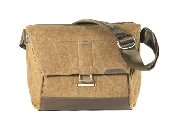 Peak Design Everyday Messenger 13inch Version 1 (Heritage Tan) .jpg