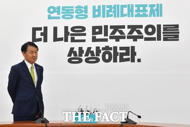 김관영 전 바른미래당 원내대표가 지난 14일 고별 기자간담회를 열고, 그간의 소회를 밝혔다. 이어진 오찬에선 보다 솔직한 그의 속내를 털어 놓기도 했다. /남윤호 기자